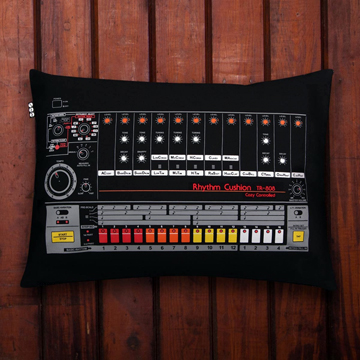 Cushion TR-808 front