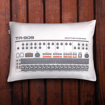 Cushion TR-909 front