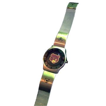 カニエ・ウェスト Dropout Bear 腕時計 back