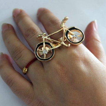 GOLDEN BIKE<br />TWO FINGER RING back