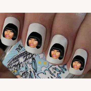 Nicki Minaj ネイルシール back